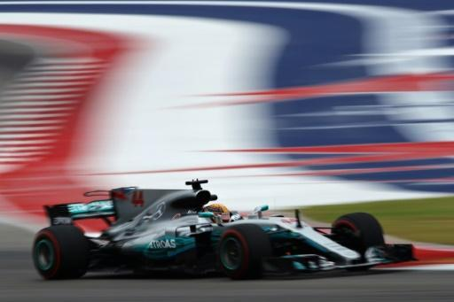 Record-setting Hamilton dominates struggling Vettel in US practice