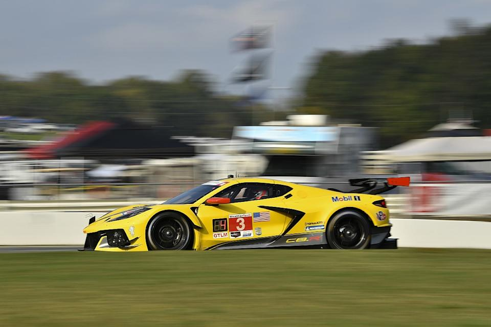 Cameron pips Taylor to Petit Le Mans pole in Acura 1-2