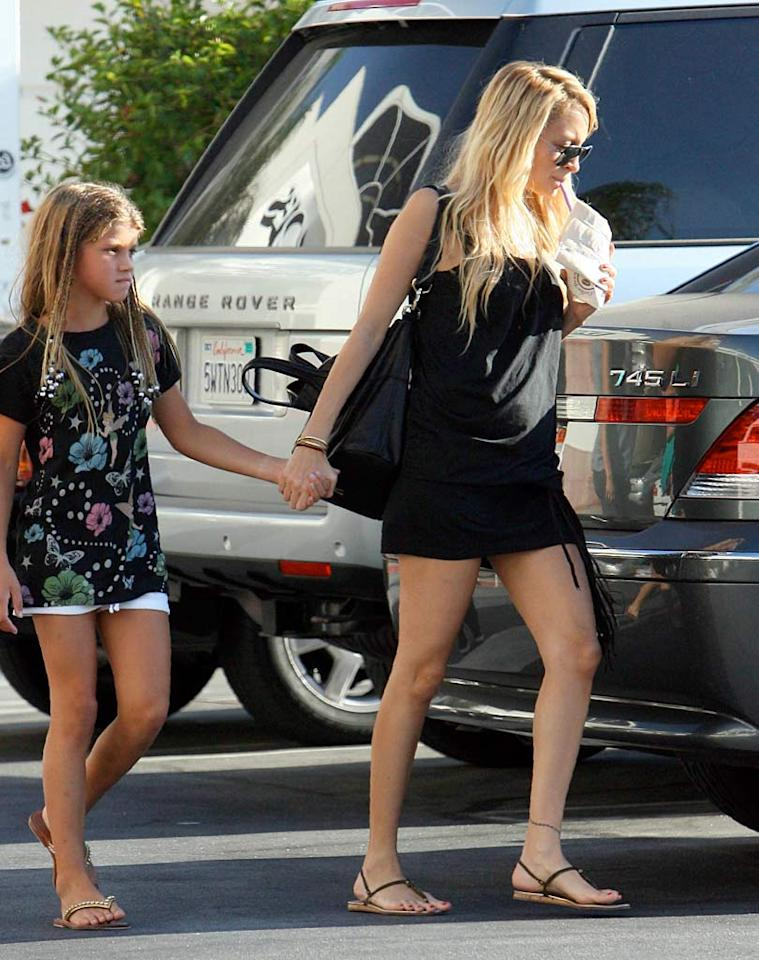 "Judging by the way she's holding her little sister's hand, Nicole Richie will be a protective mother. <a href=""http://www.x17online.com"" target=""new"">X17 Online</a> - September 3, 2007"