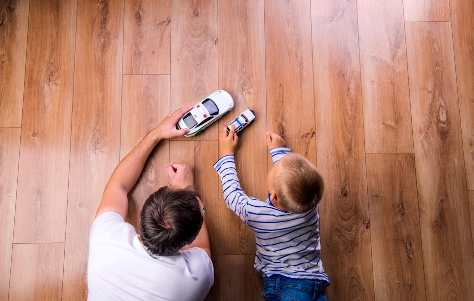 Parents use Buy Nothing groups to source toys and other baby goods on the cheap. (Photo: Getty Images stock)