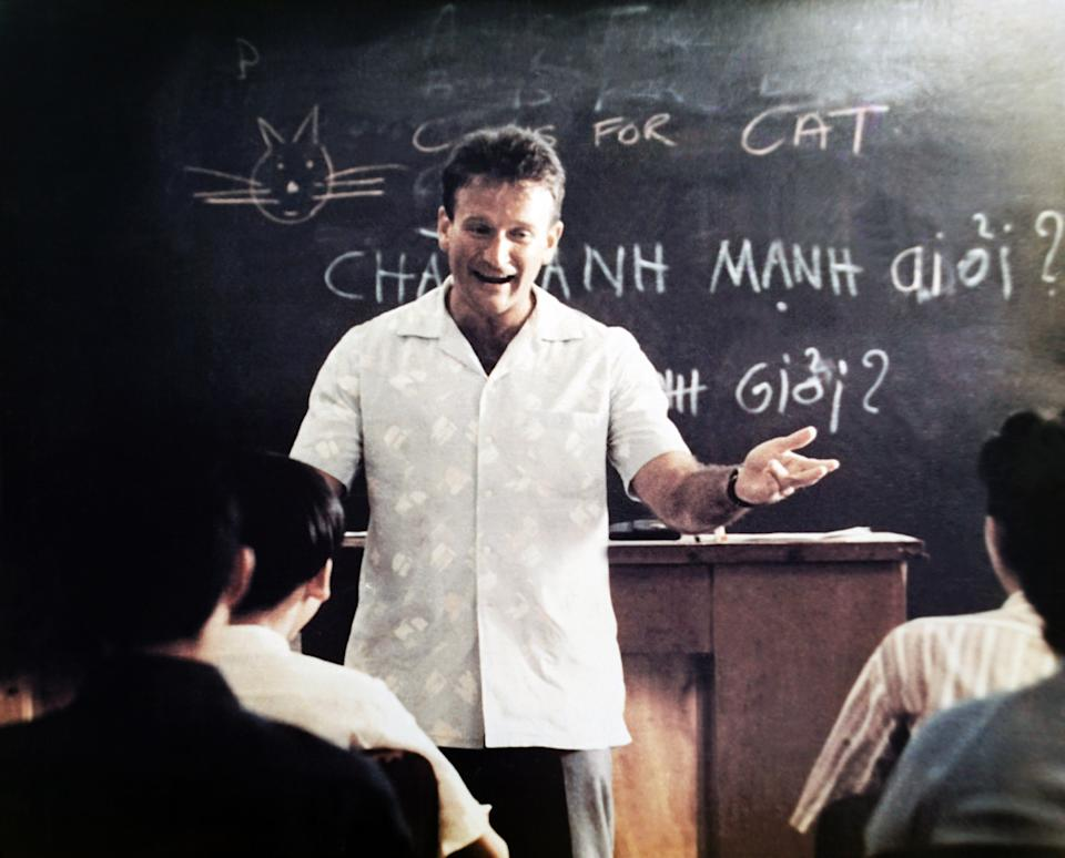 Williams is the head of the class in a scene from 'Good Morning, Vietnam' (Photo: Buena Vista Pictures/Courtesy Everett Collection)
