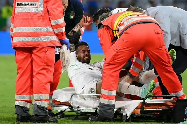 Italy defender Leonardo Spinazzola was stretchered off with an Achilles tendon injury in Munich
