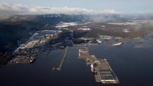 An aerial view of Kitimat, B.C., where Rio Tinto operates its aluminum smelter. More than 950 Unifor members are set to vote on a new collective agreement with Rio Tinto, potentially ending a two month strike. (Darryl Dyck/The Canadian Press - image credit)