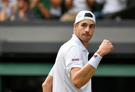 John Isner reaches Stockholm semifinals