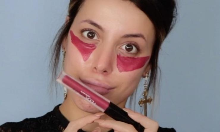 Image result for red lipstick as a concealer