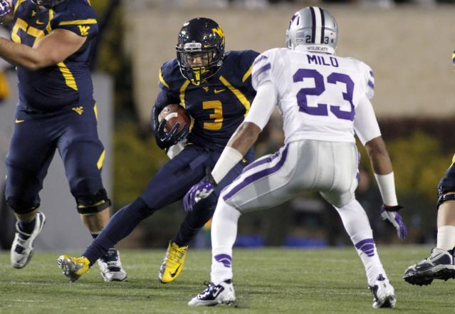 MORGANTOWN, WV - OCTOBER 20: Stedman Bailey #3 of the West Virginia Mountaineers runs after the catch against the Kansas State Wildcats during the game on October 20, 2012 at Mountaineer Field in Morgantown, West Virginia. (Photo by Justin K. Aller/Getty Images)