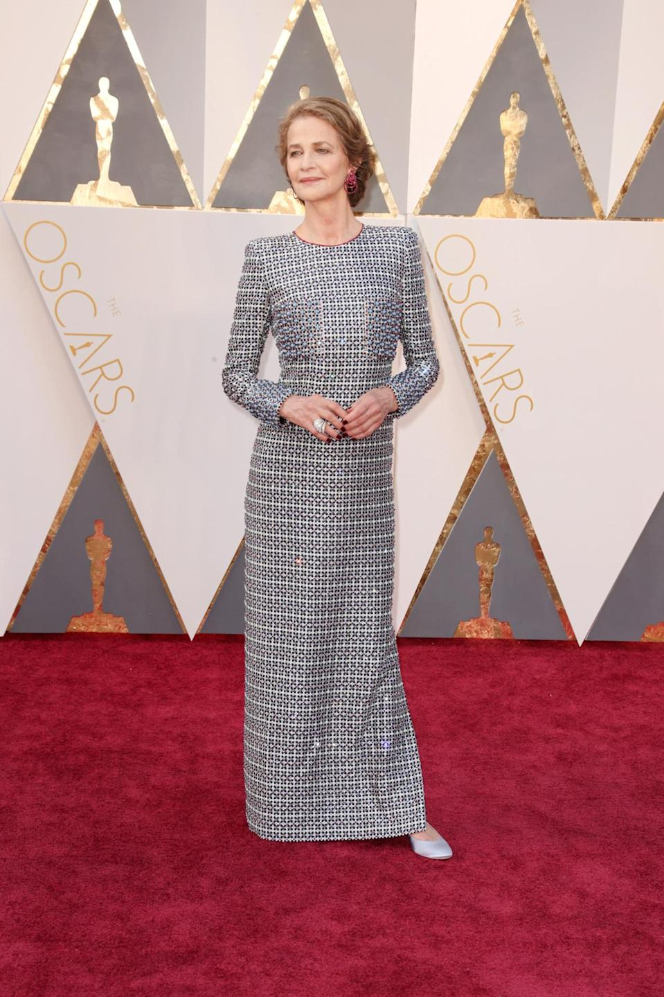 <p>Charlotte Rampling brought French coolness to the States' biggest show in a long-sleeved sequin dress and kitten heels. <i><i>(Photo: Getty Images)</i></i></p>