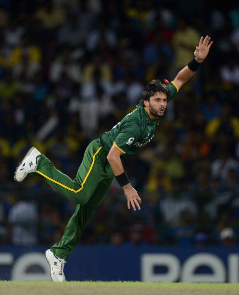COLOMBO, SRI LANKA - OCTOBER 04:  Shahid Afridi of Pakistan bowls during the ICC World Twenty20 2012 Semi Final between Sri Lanka and Pakistan at R. Premadasa Stadium on October 4, 2012 in Colombo, Sri Lanka.  (Photo by Gareth Copley/Getty Images)
