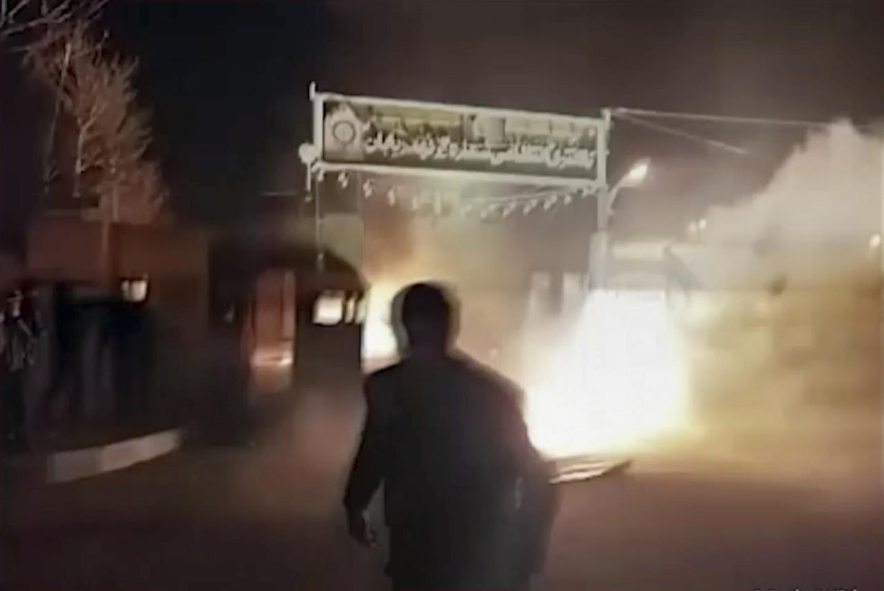 """<p>This frame grab from video was taken by an individual not employed by the Associated Press and obtained by the AP outside Iran from FreedomMessenger, that describes itself as an """"independent Iranian news agency seeking complete change of the Iranian regime by reporting on the human rights situation in Iran,"""" purports to show attack on Iran police station in Qahdarijan, Iran, Tuesday, Jan. 2, 2018. Six rioters were killed during the attack on the police station, according to Iranian state TV. It reported that clashes were sparked by rioters who tried to steal guns from the police station. (Photo: FreedomMessenger via AP) </p>"""