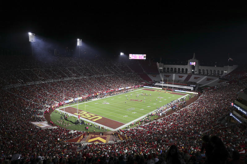 LOS ANGELES, CALIFORNIA - OCTOBER 19: General view of Memorial Coliseum during the game between the USC Trojans and the Arizona Wildcats at Los Angeles Memorial Coliseum on October 19, 2019 in Los Angeles, California. (Photo by Meg Oliphant/Getty Images)