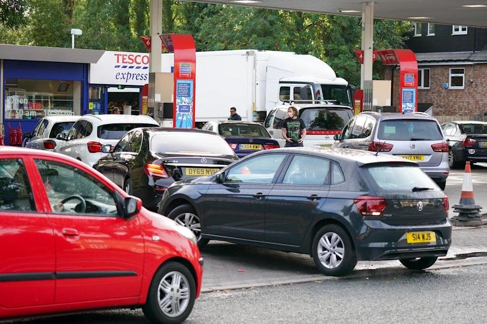 Drivers queue for fuel at an Esso petrol station in Bournville, Birmingham (Jacob King/PA) (PA Wire)