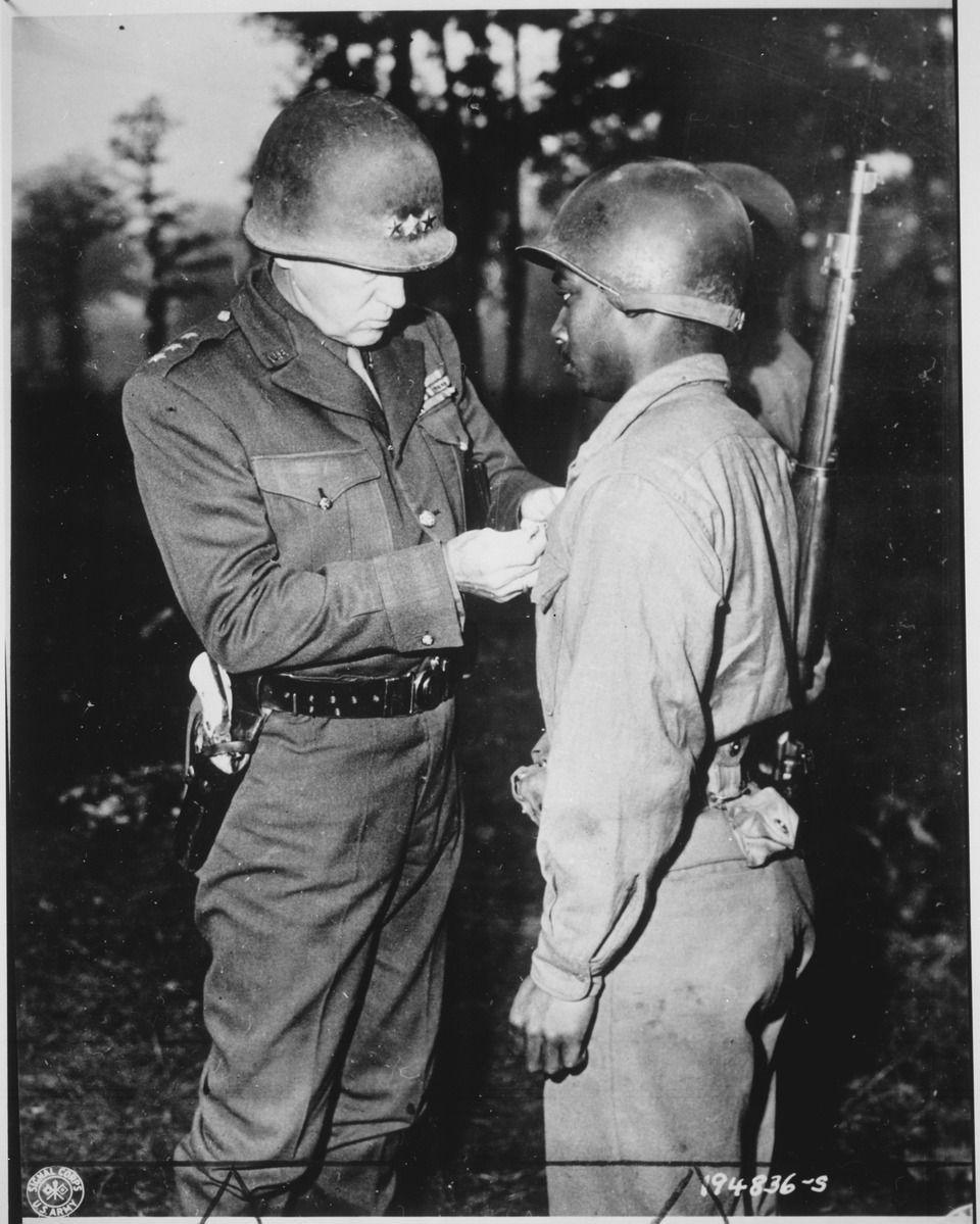 Photo credit: U.S. National Archives and Records Administration