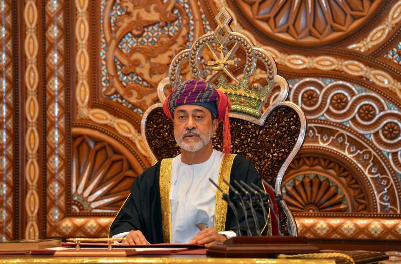 Oman's new sultan faces 'balancing act' as credit crunch looms