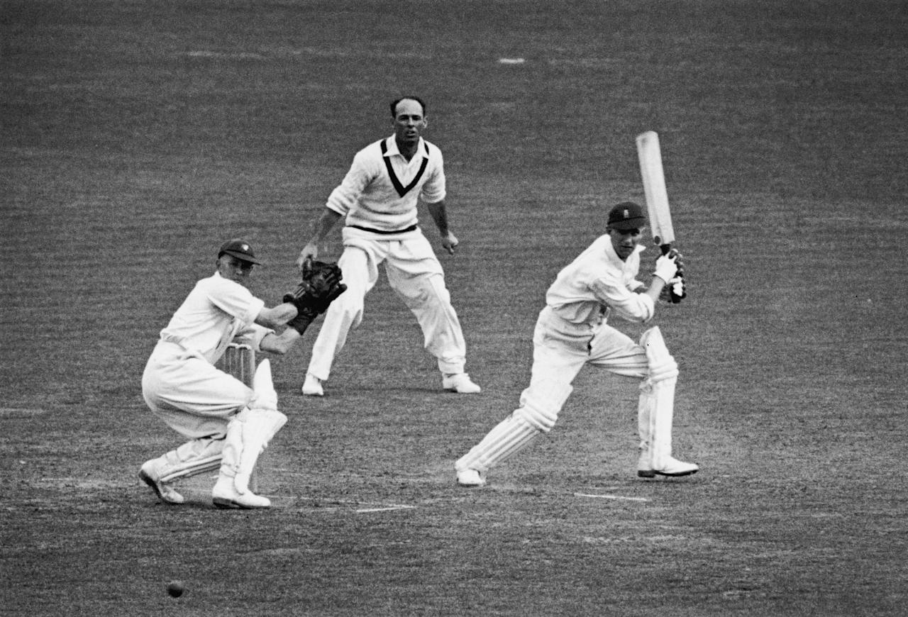 English cricketer Len Hutton batting against Australia during a test match at the Oval where he achieved a record 364 runs, 23rd August 1938. (Photo by Central Press/Hulton Archive/Getty Images)