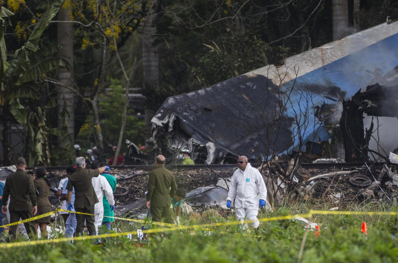 Mexico suspends charter company in Cuba airliner crash