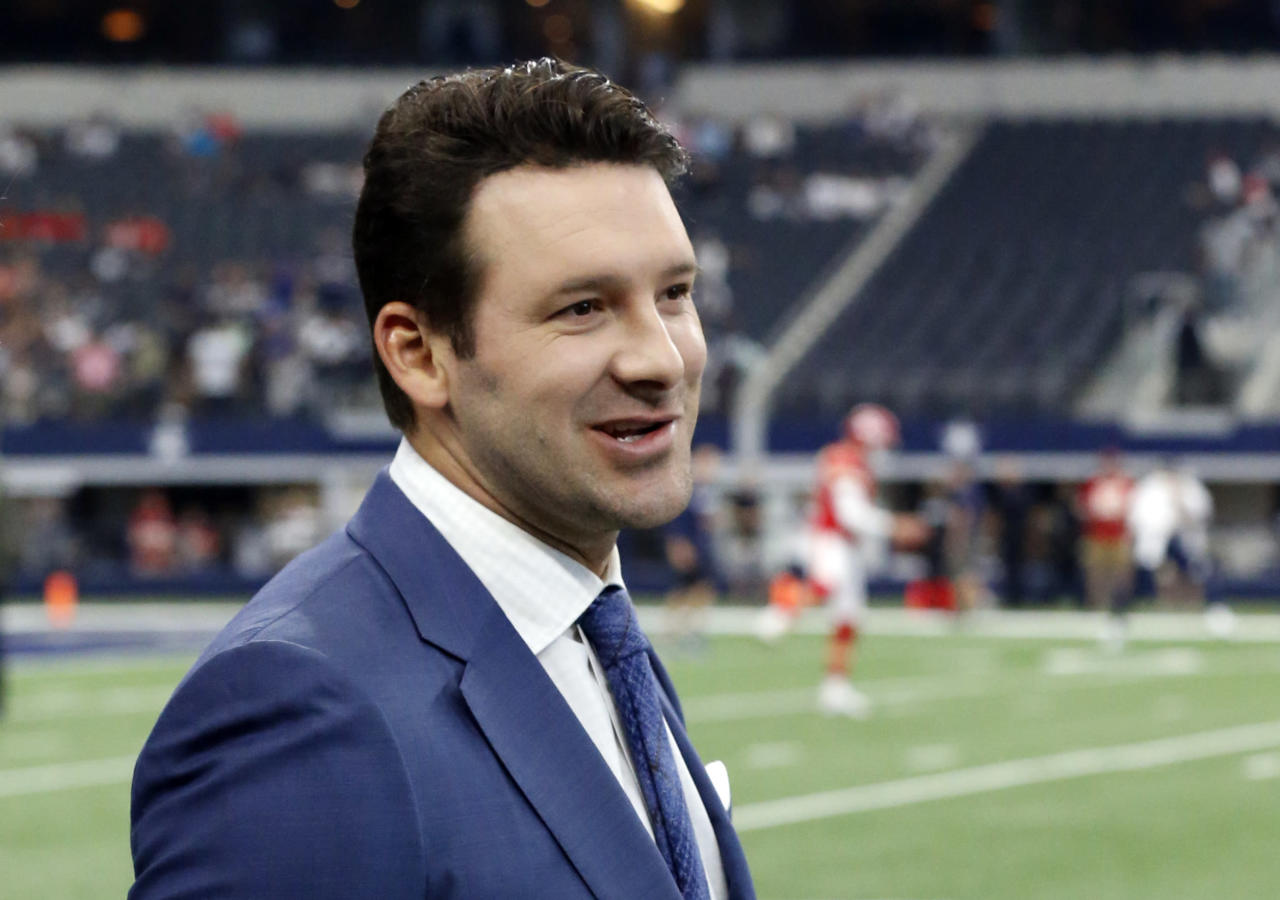 Report: ESPN to make CBS' Tony Romo a historic offer to join its NFL coverage