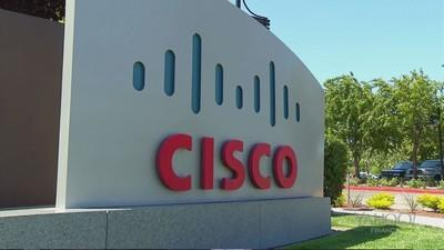 Cisco veteran Robbins to take over as CEO from Chambers