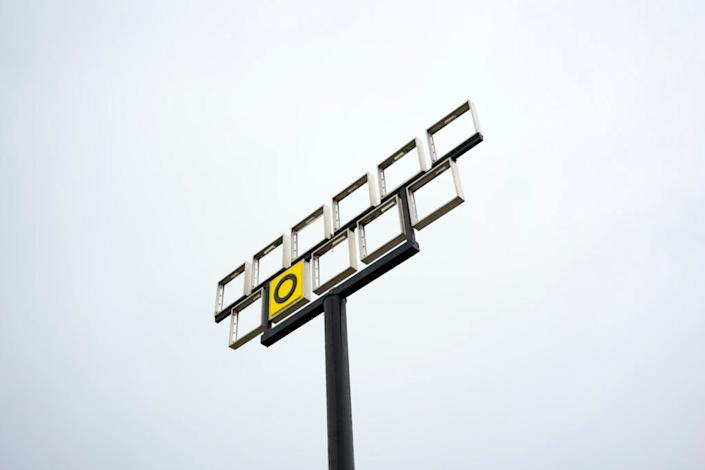 A damaged Waffle House sign is seen on August 28, 2020 in Sulphur, Louisiana. Hurricane Laura came ashore bringing rain and high winds to the southeast region of the state, reaching wind speeds of 150 mph and a 9-12 feet storm surge. (Photo by Eric Thayer/Getty Images)