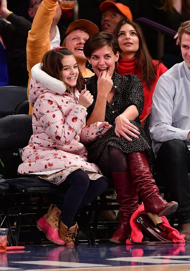 <p>These Knicks fans had a blast sitting courtside on Saturday, as their home team took on the Oklahoma City Thunder at Madison Square Garden. (Photo: James Devaney/Getty Images) </p>