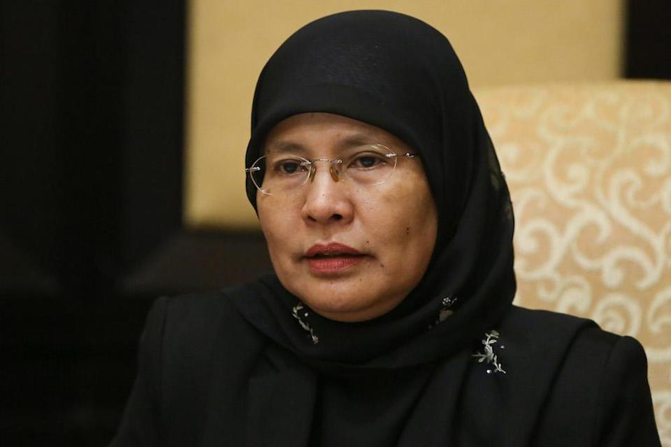 Chief Justice Tun Tengku Maimun Tuan Mat noted that the Covid-19 pandemic has changed how Malaysians work. — Picture by Yusof Mat Isa