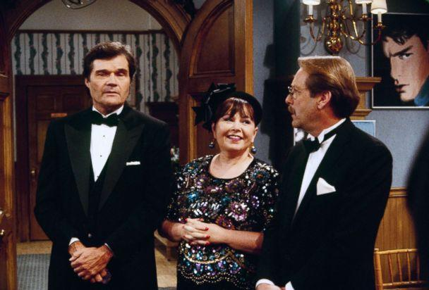 PHOTO: Fred Willard, Roseanne Barr and Martin Mull appear in 'December Bride' episode of 'Roseanne', which aired on Dec. 12, 1995. (ABC Photo Archives)