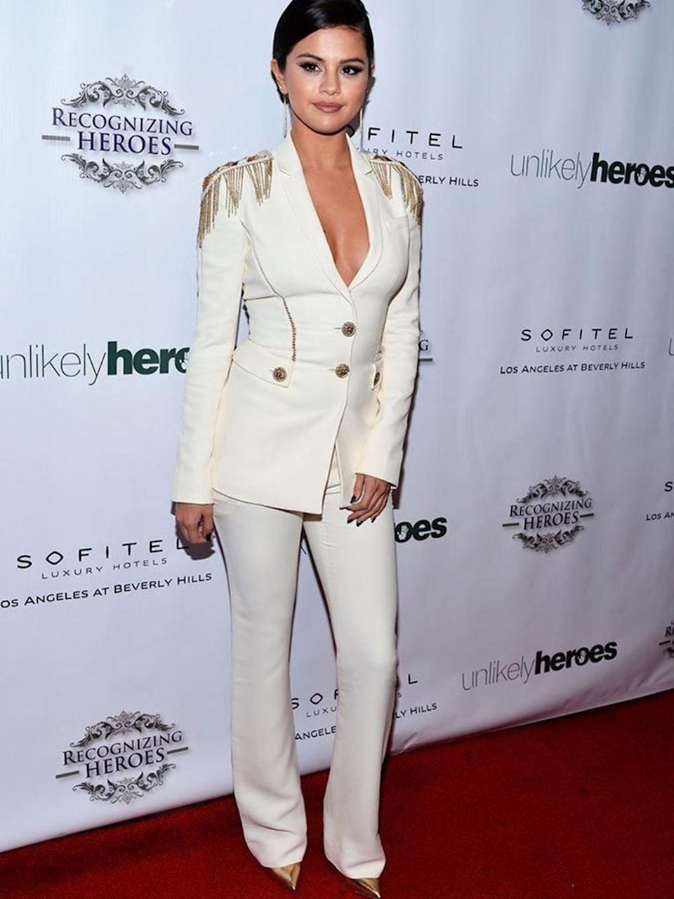 <p>Selena Gomez atteds the 3rd Annual Unlikely Heroes Awards Dinner and Gala in LA, November 2014.</p>