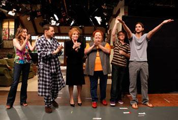 """The """"Two and a Half Men"""" cast takes a bow"""