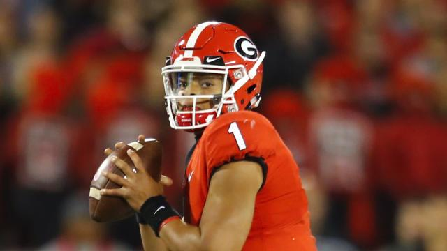 "Quarterback <a class=""link rapid-noclick-resp"" href=""/ncaaf/players/287612/"" data-ylk=""slk:Justin Fields"">Justin Fields</a> played at Georgie last season. (Getty Images)"