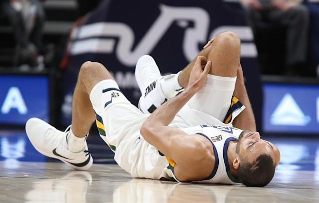 """<a class=""""link rapid-noclick-resp"""" href=""""/nba/players/5197/"""" data-ylk=""""slk:Rudy Gobert"""">Rudy Gobert</a> has averaged 13.9 points and 10.5 rebounds for the Jazz this season. (AP)"""