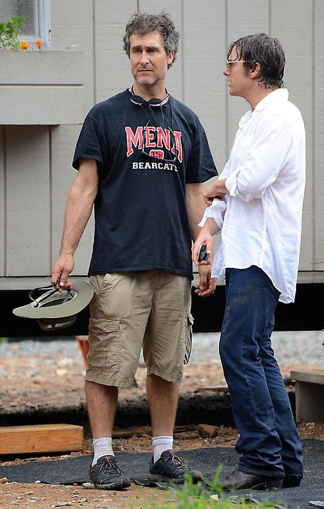 Doug Liman and Cruise during the production of 'American Made' (Photo: Splash News)