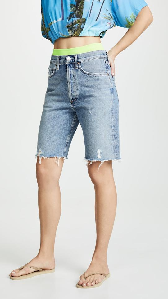 """<p><a href=""""https://www.popsugar.com/buy/AGOLDE%20Mid%20Rise%2090%27s%20Loose%20Shorts-465788?p_name=AGOLDE%20Mid%20Rise%2090%27s%20Loose%20Shorts&retailer=shopbop.com&price=148&evar1=fab%3Aus&evar9=46357276&evar98=https%3A%2F%2Fwww.popsugar.com%2Ffashion%2Fphoto-gallery%2F46357276%2Fimage%2F46357531%2FAGOLDE-Mid-Rise-90-Loose-Shorts&list1=shopping%2Cshorts%2Csummer%2Cstyle%20how%20to%2Csummer%20fashion%2Ceditor%20experiments&prop13=api&pdata=1"""" rel=""""nofollow"""" data-shoppable-link=""""1"""" target=""""_blank"""" class=""""ga-track"""" data-ga-category=""""Related"""" data-ga-label=""""https://www.shopbop.com/mid-rise-90s-loose-short/vp/v=1/1510283817.htm?fm=pd_sb_pd_sims_v_1&amp;os=false"""" data-ga-action=""""In-Line Links"""">AGOLDE Mid Rise 90's Loose Shorts </a> ($148)</p>"""