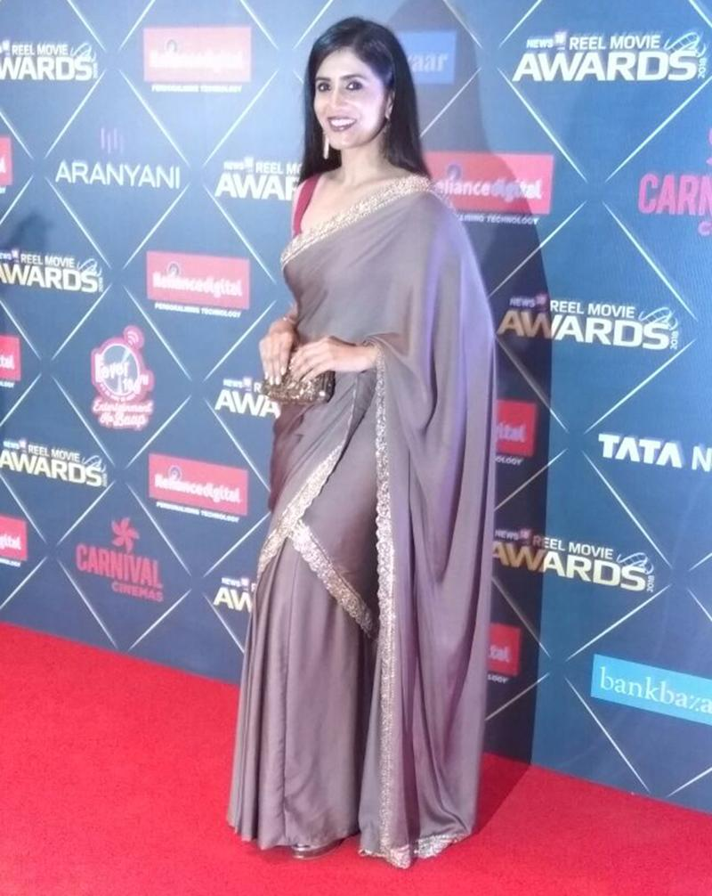 Sonali Kulkarni attends the first edition of News18 REEL Movie Awards held at Taj Land's End in Mumbai on March 20, 2018. (Image: News18)
