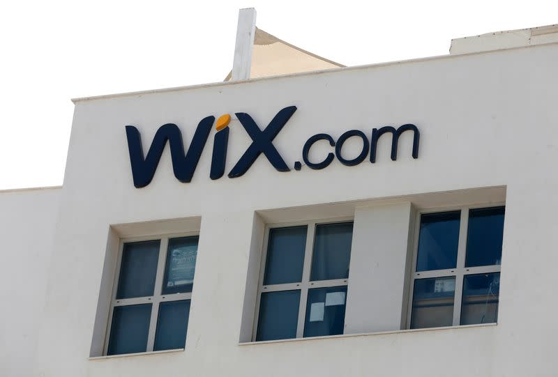 Israel's Wix.com sees 2020 revenue reaching almost $1 billion