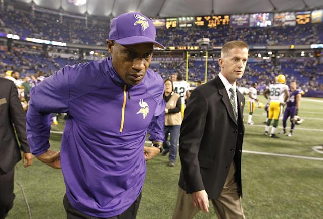 Minnesota Vikings head coach Leslie Frazier walks off the field after an NFL football game against the Green Bay Packers, Sunday, Oct. 27, 2013, in Minneapolis. The Packers won 44-31. (AP Photo/Ann Heisenfelt)