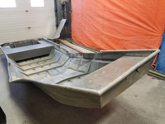 Officers found an abandoned aluminium boat by a riverbank (RCMP)