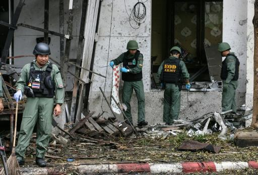 One dead, dozens wounded in Thai car bombing