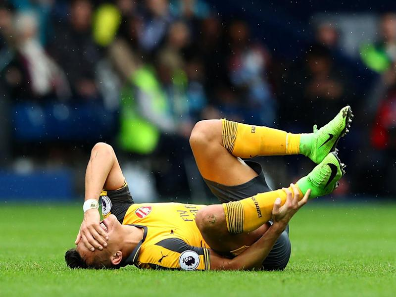 Alexis Sanchez had a tough afternoon (Getty)