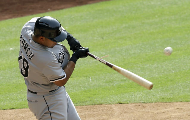 Chicago puts home runs leader Abreu (ankle) on DL
