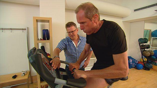 Reporter Ross Coulthart put his body on the line to investigate the benefits of the 5:2 diet. Photo: Sunday Night