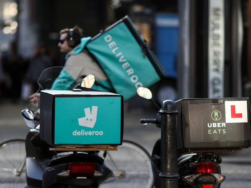 Amazon Lends Deliveroo Cash While U.K. Probes Investment