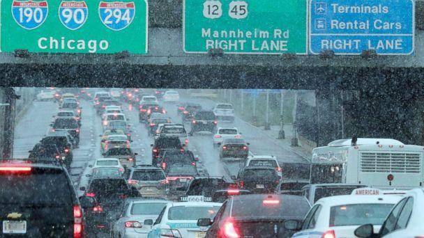 PHOTO: Heavy traffic is seen on Interstate 190 near O'Hare International Airport in Chicago, Nov. 25, 2018. (Nam Y. Huh/AP)