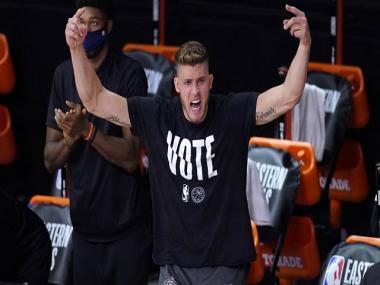 NBA: Meyers Leonard, once a starter, now helping Miami Heat from the sideline in the Orlando bubble
