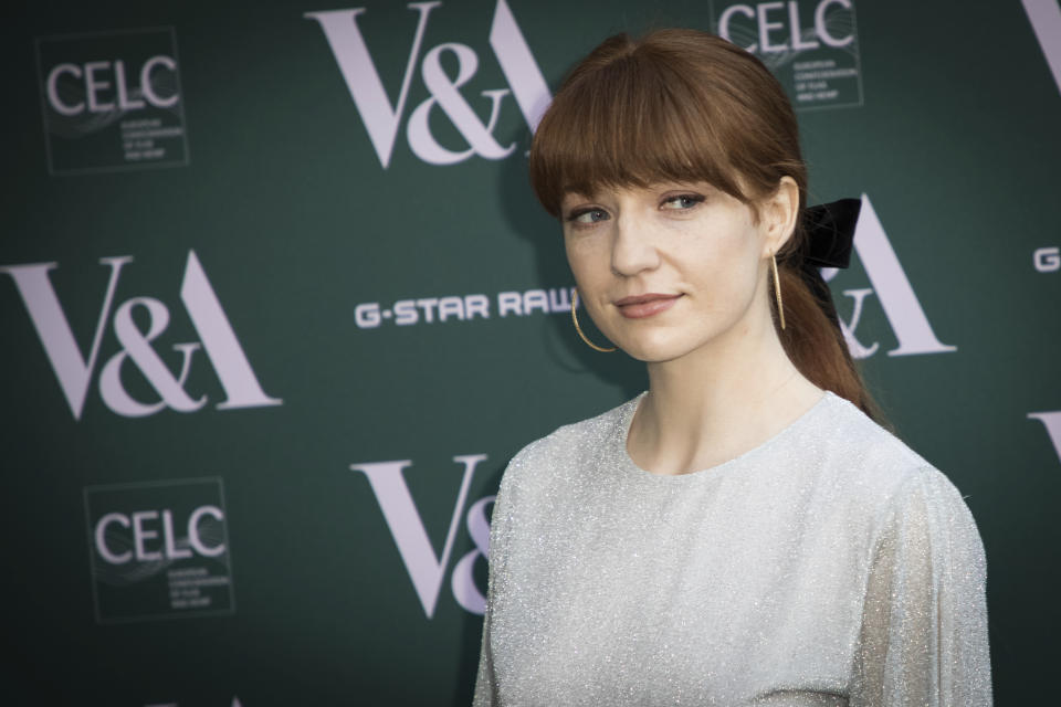 Nicola Roberts poses for photographers upon arrival at the preview of the exhibition 'Fashioned from Nature' at the Victoria and Albert Museum, in London, Wednesday, Apr. 18, 2018. (Photo by Vianney Le Caer/Invision/AP)