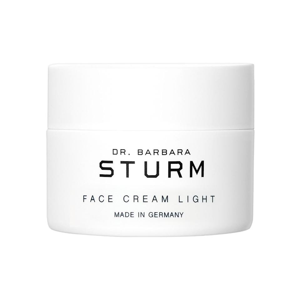 """<h3>Dr. Barbara Sturm Face Cream Light<br></h3><br>Inside this sleek white jar is a whipped face cream with hyaluronic acid, ginger, and antioxidants to moisturize and calm irritation. This cream is also designed to absorb quickly into skin and leave behind a satin finish, so no greasy, sticky, oily feeling over here.<br><br><strong>Dr. Barbara Sturm</strong> Face Cream Light, $, available at <a href=""""https://go.skimresources.com/?id=30283X879131&url=https%3A%2F%2Ffave.co%2F2OpbVXC"""" rel=""""nofollow noopener"""" target=""""_blank"""" data-ylk=""""slk:Sephora"""" class=""""link rapid-noclick-resp"""">Sephora</a>"""