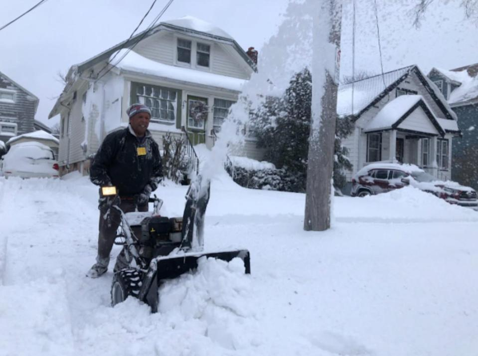 Up to 15 cm of snow targets parts of Atlantic Canada, plan accordingly