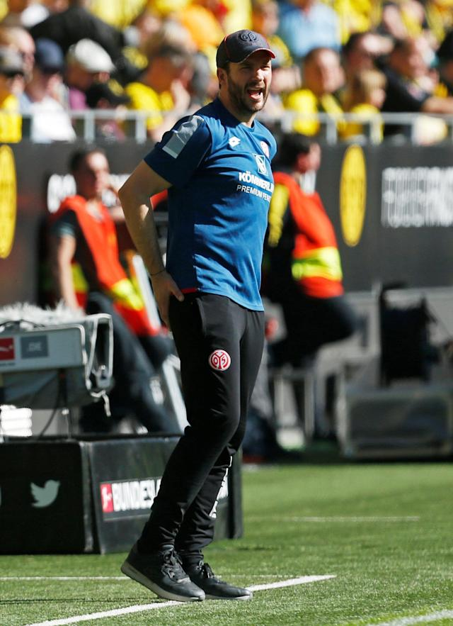 Soccer Football - Bundesliga - Borussia Dortmund vs 1.FSV Mainz 05 - Signal Iduna Park, Dortmund, Germany - May 5, 2018 Mainz coach Sandro Schwarz REUTERS/Leon Kuegeler DFL RULES TO LIMIT THE ONLINE USAGE DURING MATCH TIME TO 15 PICTURES PER GAME. IMAGE SEQUENCES TO SIMULATE VIDEO IS NOT ALLOWED AT ANY TIME. FOR FURTHER QUERIES PLEASE CONTACT DFL DIRECTLY AT + 49 69 650050