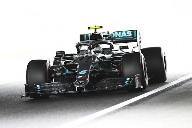 Bottas stays on top in session that could set grid