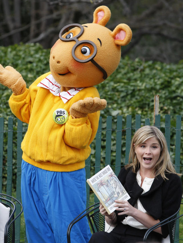 "<p>Jenna Bush, daughter of President George W. Bush, sits alongside someone dressed as ""Arthur"" as she prepares to read the book ""Where the Wild Things Are"" at the annual Easter Egg Roll on the South Lawn of the White House in Washington, March 24, 2008. The traditional White House event dates back to 1878. (Photo: Jason Reed/Reuters) </p>"