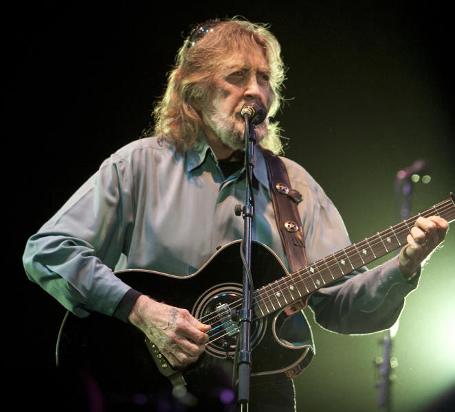 File- This March 4, 2008 file photo shows Jody Payne playing guitar with Willie Nelson's band at the Star of Texas Fair and Rodeo in Austin, Texas. Payne, who was Willie Nelson's guitar player for 35 years before he retired in 2008, has died Saturday Aug. 10, 2013. (AP Photo/Austin American-Statesman, Jay Janner)