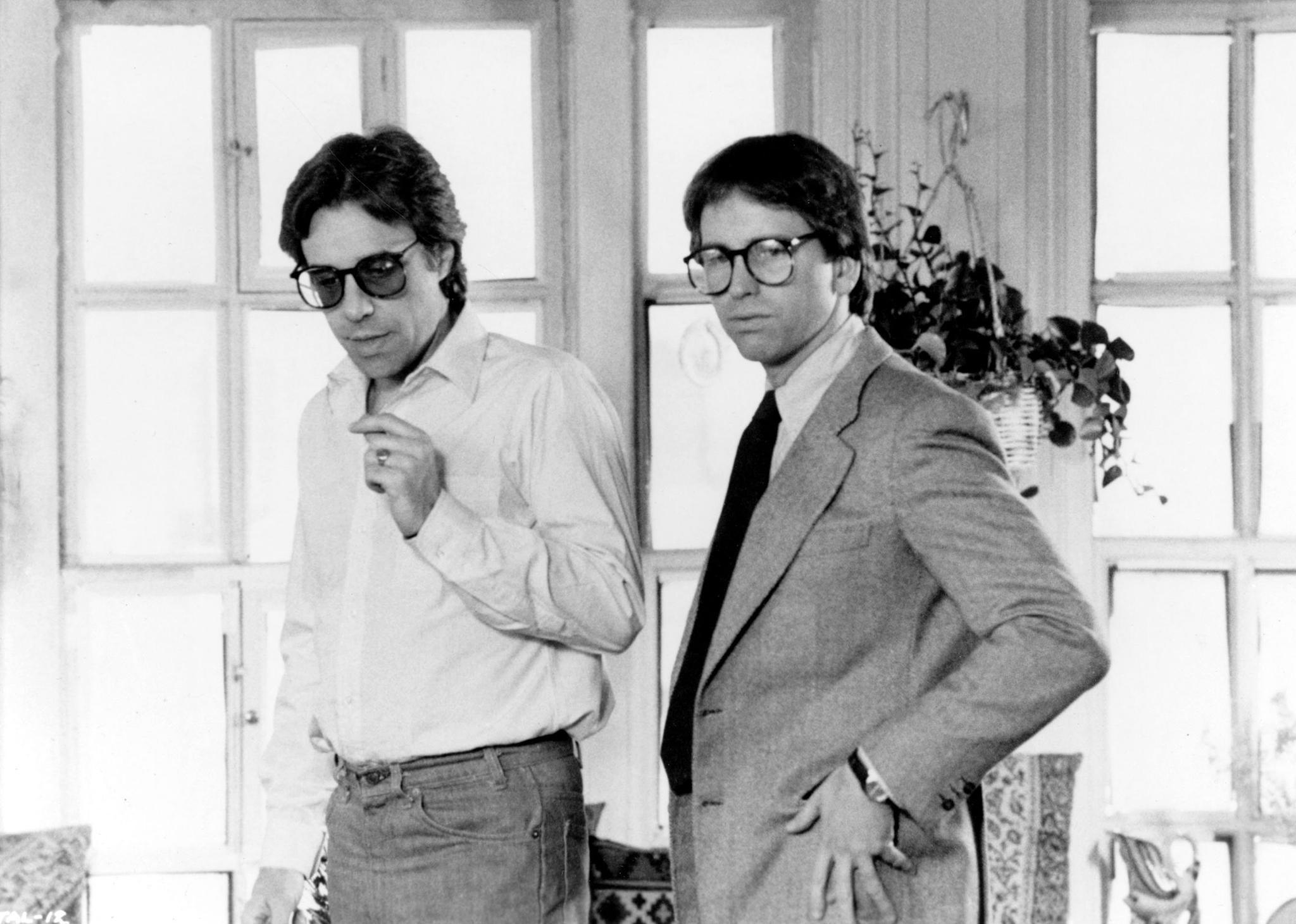 John Ritter and Peter Bogdanovich on the set of They All Laughed